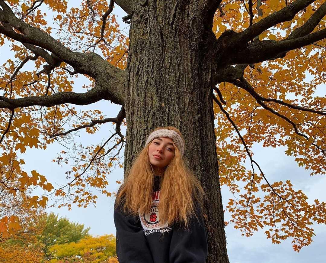 Sabrina Carpenter's Instagram Live Stream from November 9th 2019.