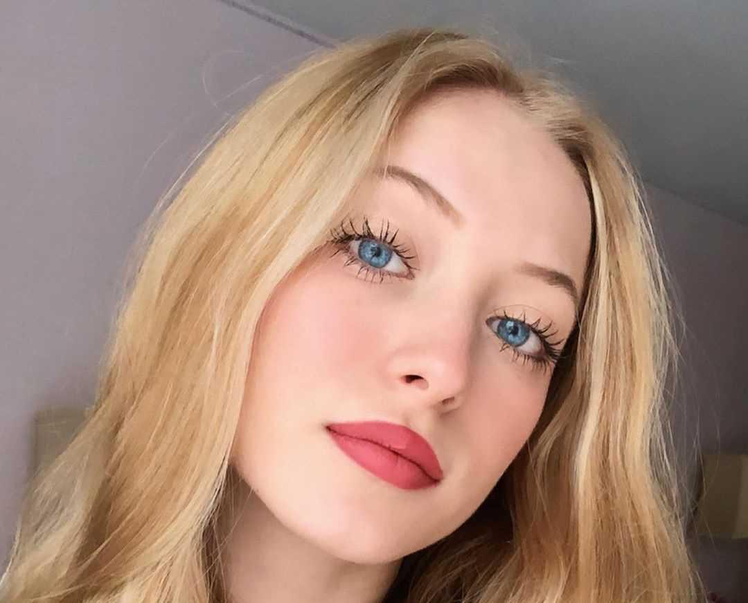 Sophia Diamond's Instagram Live Stream from December 26th 2019.