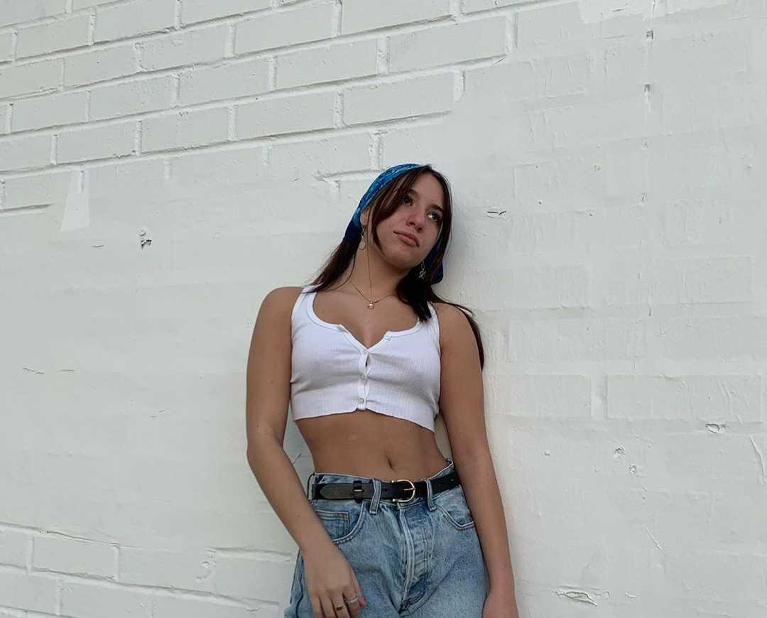 Mackenzie Ziegler - Social Media 01/23/2020 • CelebMafia
